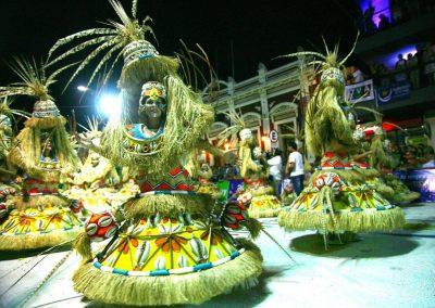 escuela-de-samba-barrio-rampla-carnaval-de-artigas-56
