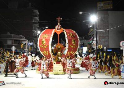 Escuela-de-Samba-Emperadores-de-la-Zona-Sur-Artigas-02