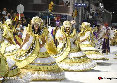 Escuela-de-Samba-Emperadores-de-la-Zona-Sur-Artigas-03
