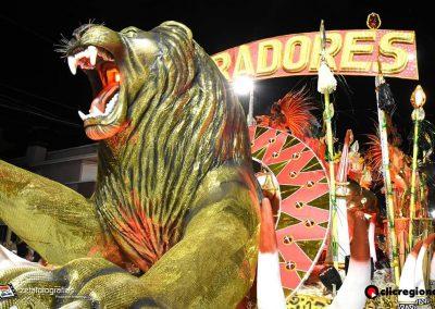 Escuela-de-Samba-Emperadores-de-la-Zona-Sur-Artigas-07