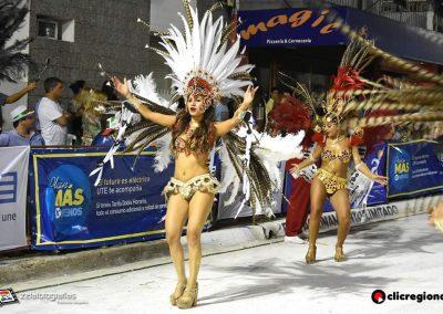 Escuela-de-Samba-Emperadores-de-la-Zona-Sur-Artigas-11