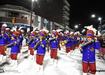 Escuela-de-Samba-Emperadores-de-la-Zona-Sur-Artigas-15