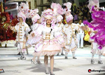 Escuela-de-Samba-Emperadores-de-la-Zona-Sur-Artigas-20